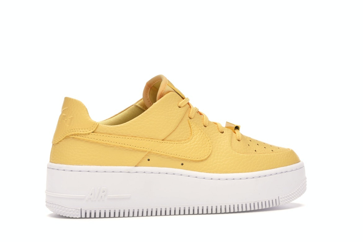 Nike Air Force 1 Sage Low Topaz Gold (W