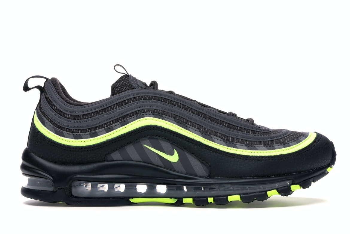 nike chaussure 97 et 95