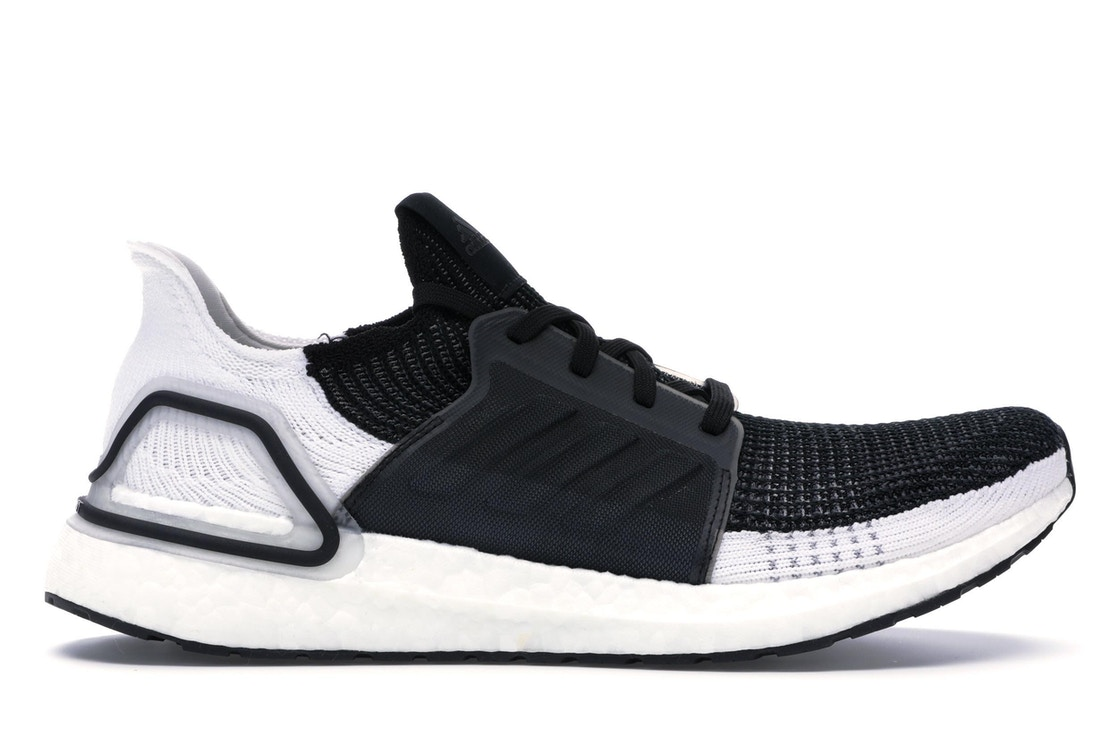 huge selection of 3df66 f4924 adidas Ultra Boost 2019 Oreo
