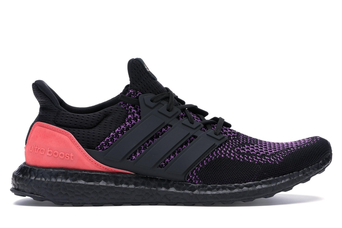 46401923778d3 Sell. or Ask. Size  11. View All Bids. adidas Ultra Boost Core Black Active  Purple Shock Red