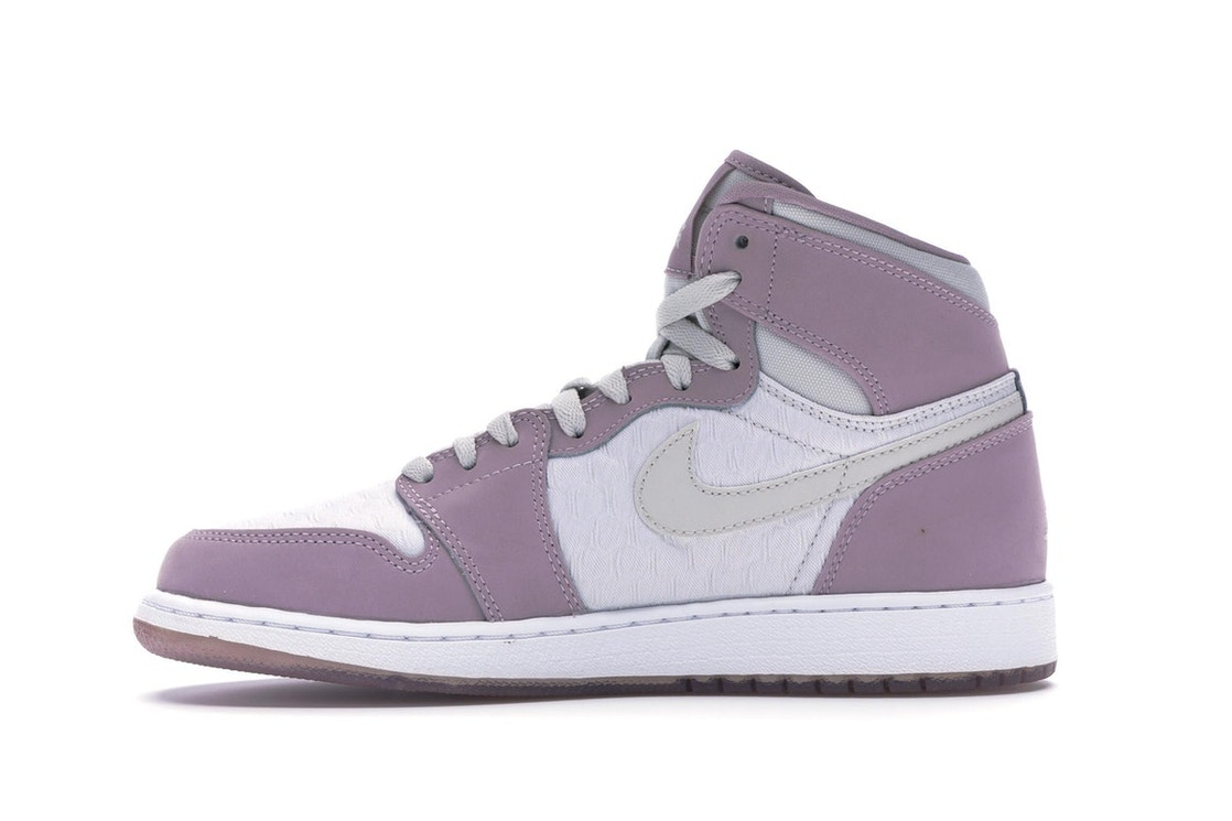 2c0e798424b6 Jordan 1 Retro Heiress Plum Fog (GS) - 832596-025