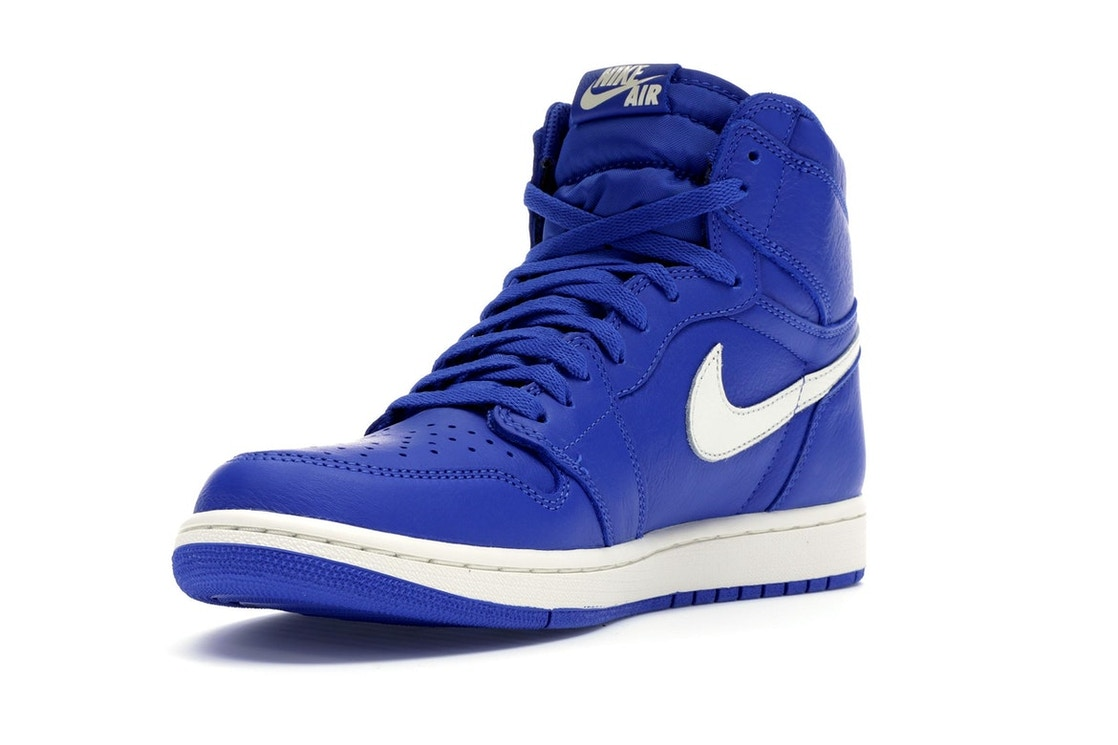 4c5df6b5d04a26 Jordan 1 Retro High Hyper Royal - 555088-401