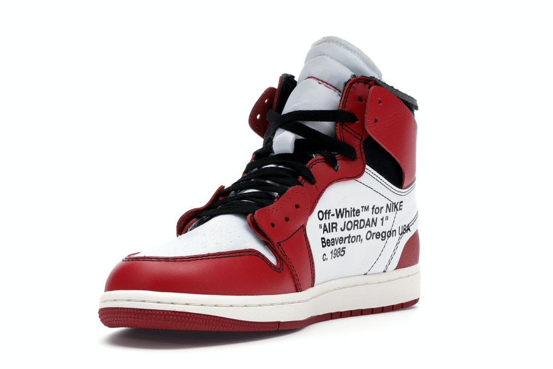 on sale 31f51 680b4 Jordan 1 Retro High Off-White Chicago