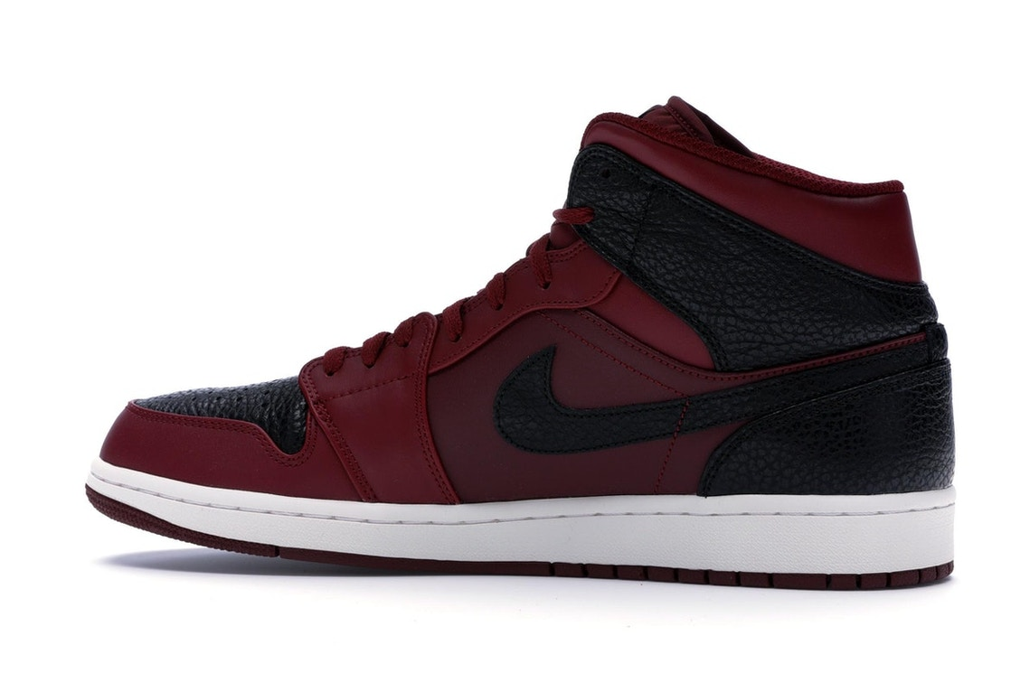 af0041881bf857 Jordan 1 Retro Mid Team Red Black - 554724-601