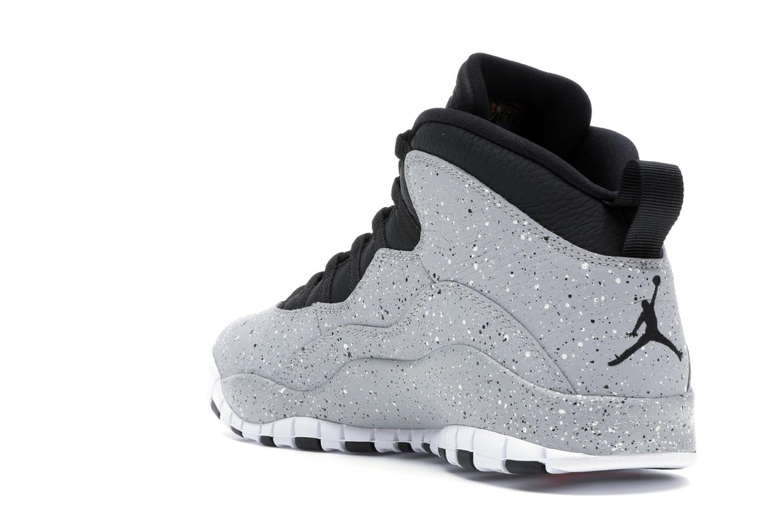 d856578ea17 Jordan 10 Retro Light Smoke Grey - 310805-062