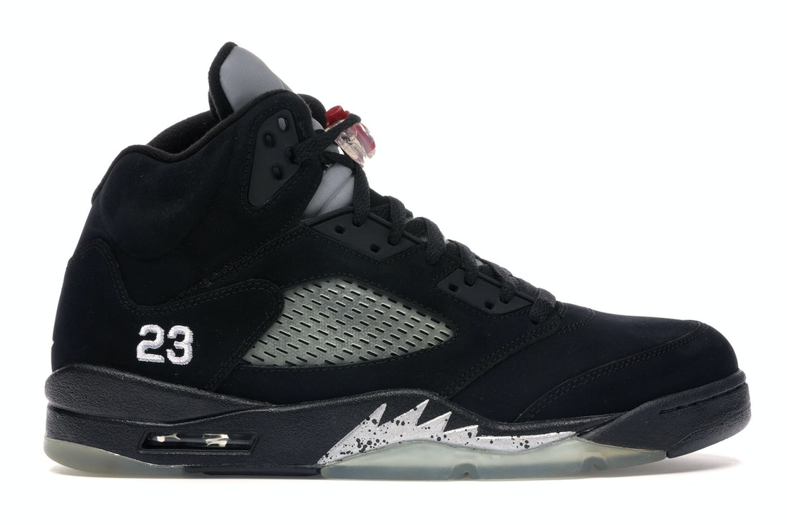 check out ee8b5 e8c53 Jordan 5 Retro Black Metallic (2011)