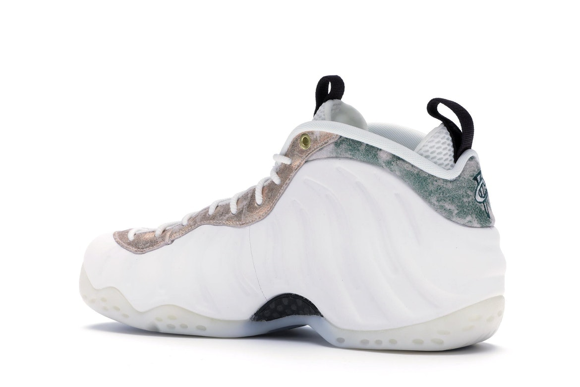 Are You Waiting For The Nike WMNS Air Foamposite One ...
