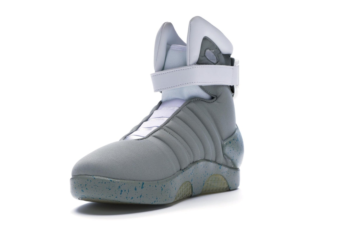 halloween costume nike air mag