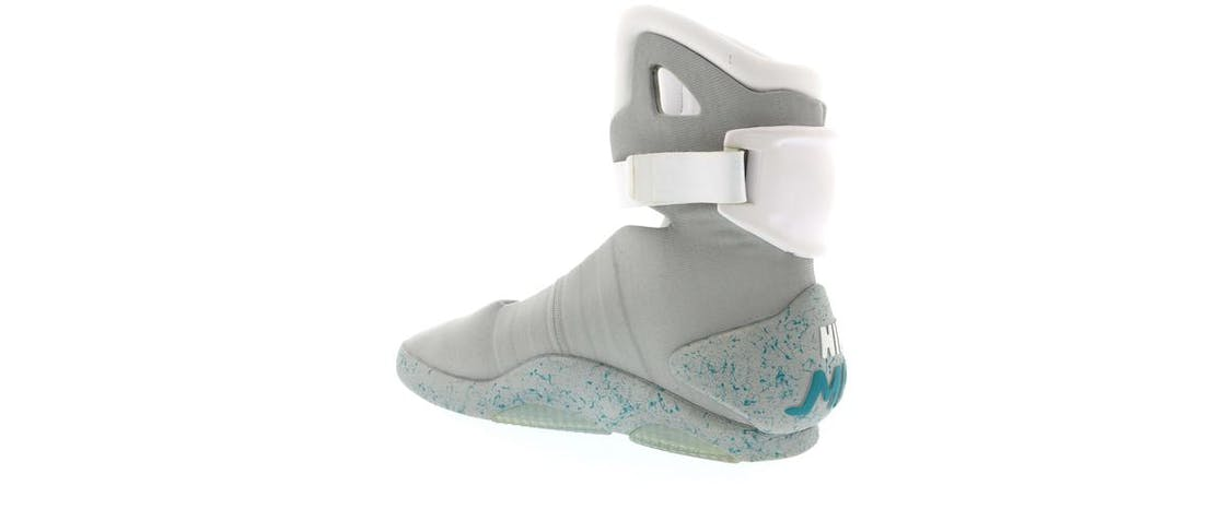 Nike Air MAG Back To The Future (2011)