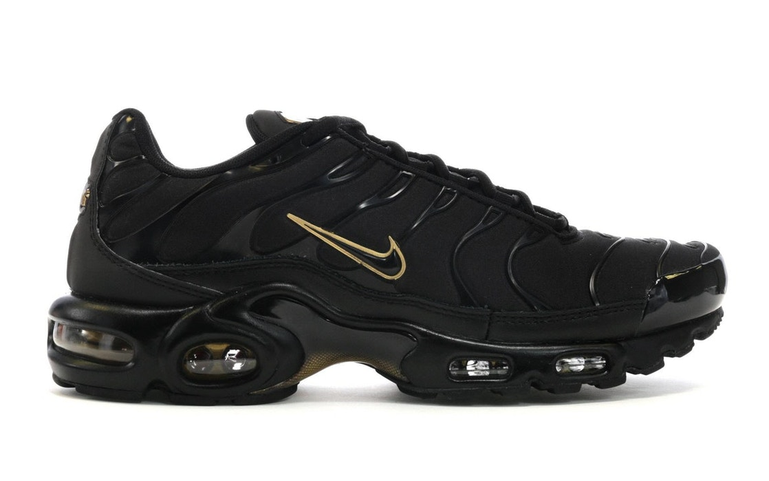 Sell. or Ask. Size  8.5. View All Bids. Air Max Plus Black Metallic Gold 2bfdc0d111