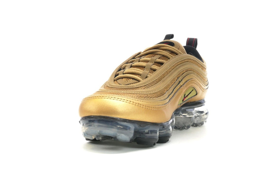 new product 09dbe 07be6 Air VaporMax 97 Metallic Gold