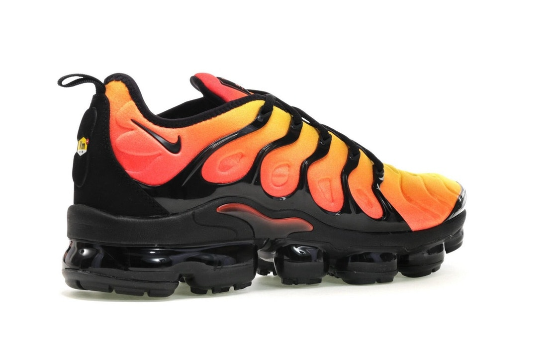 bc132be664beb Air VaporMax Plus Black Orange Crimson - 924453-006