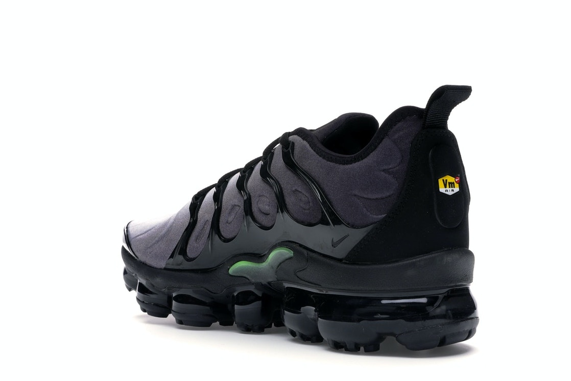 brand new 69e99 9dd52 Air VaporMax Plus Black Volt