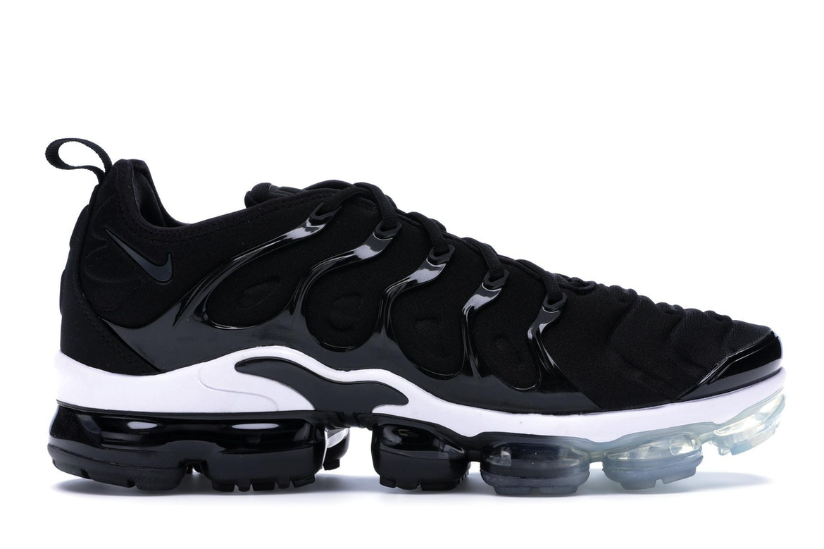 nike air vapormax plus white and black