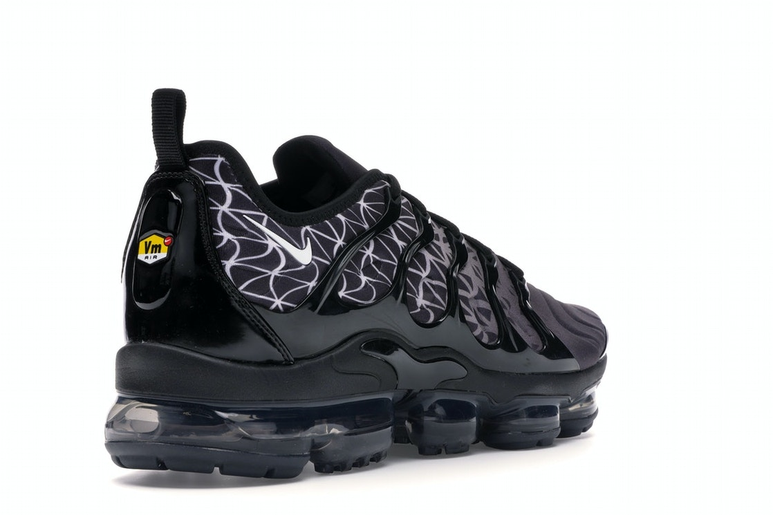 cheaper 96dcf c6a3c Air VaporMax Plus Geometric Black White
