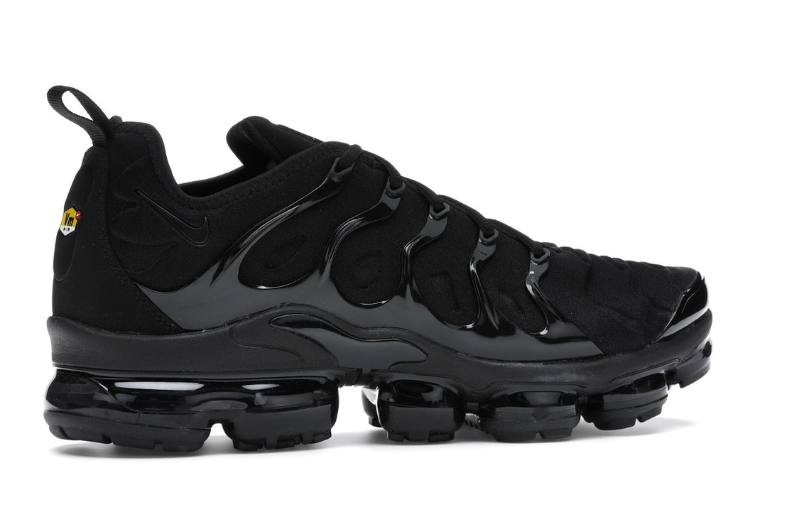 online store 7777e 8bd5e Air VaporMax Plus Triple Black