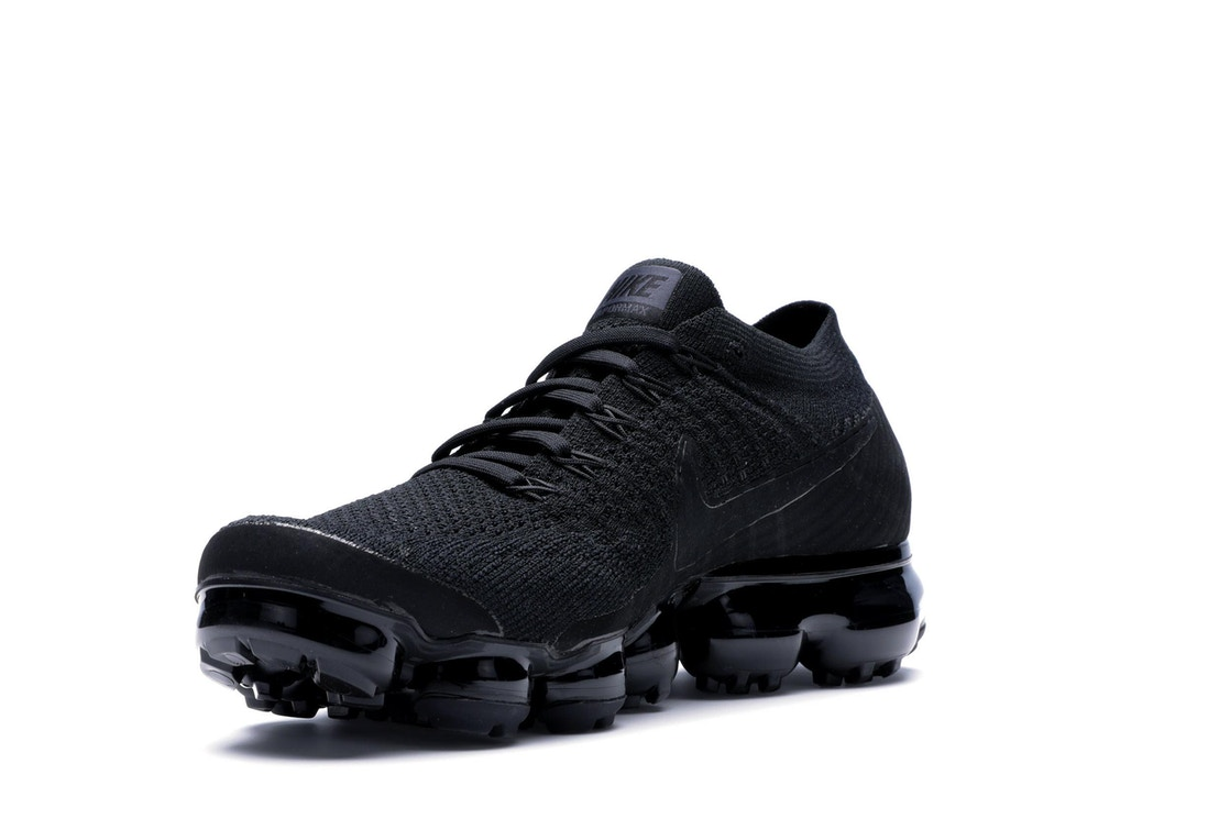 e785aa855e55 Air VaporMax Triple Black 3.0 - AJ6900-004