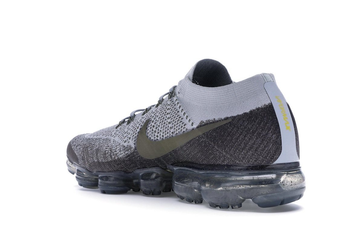 online retailer b24e3 61db4 Air VaporMax Midnight Fog Medium Olive