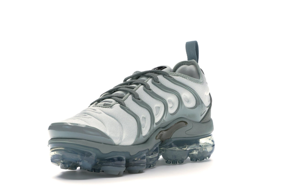 460e88b9ce97c Air VaporMax Plus Light Silver Mica Green (W) - AO4550-006
