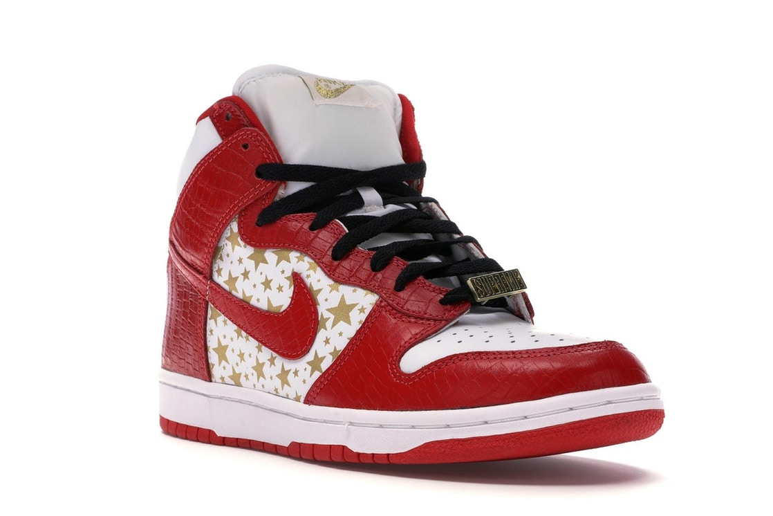 5cc91655 Dunk High Pro SB Supreme Red Stars - 307385-161