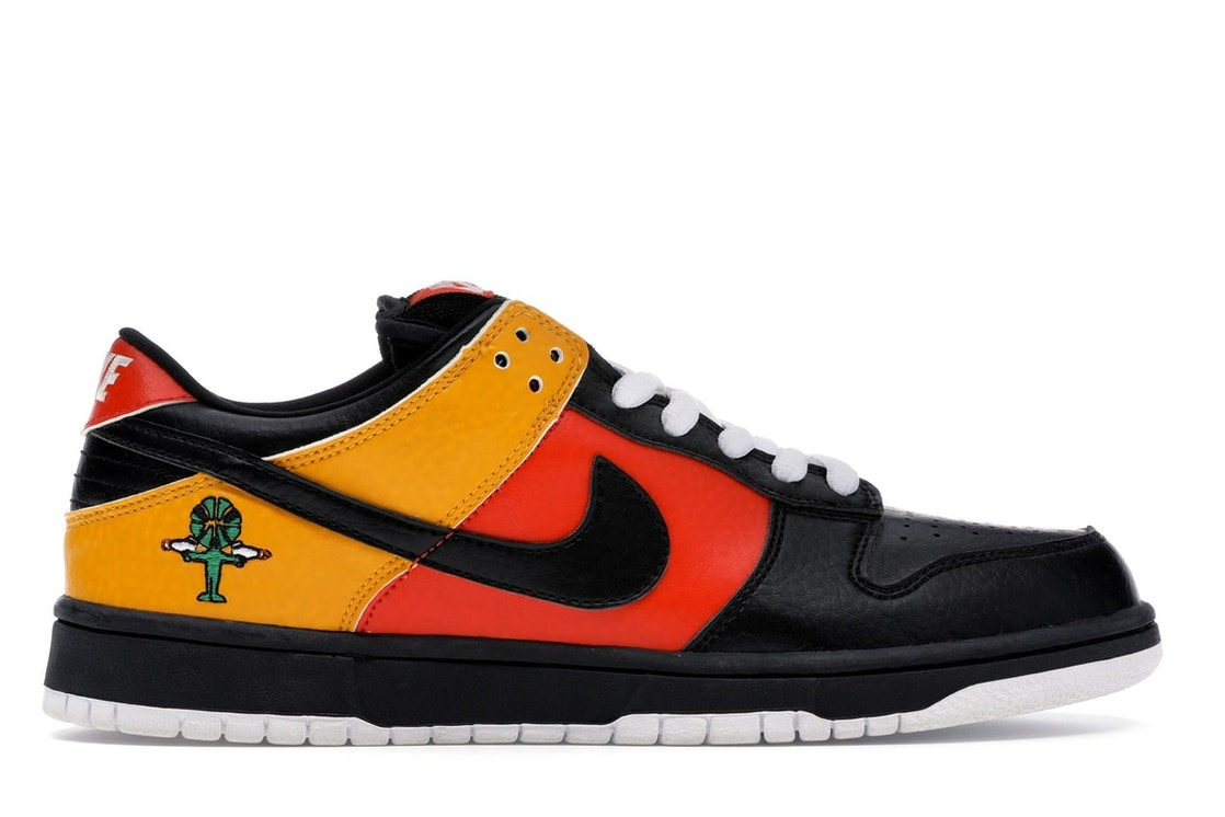 low cost aa51f 2613c Nike Dunk SB Low Raygun - 304292-803