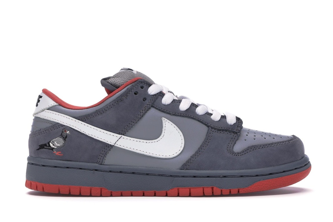 superior quality 6e338 38716 Nike Dunk SB Low Staple