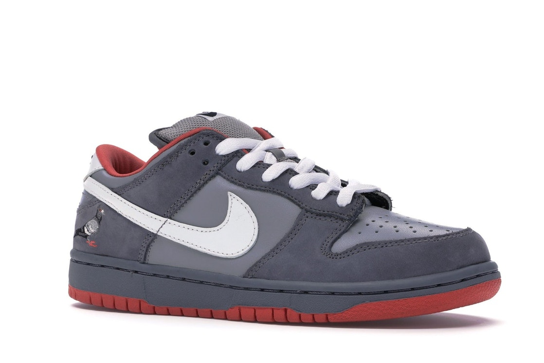 superior quality 950a0 7cabf Nike Dunk SB Low Staple