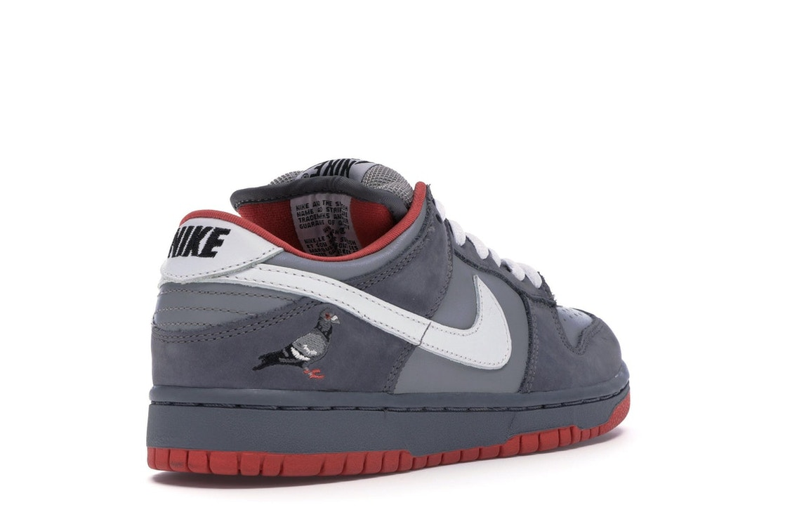 superior quality 4f127 f0471 Nike Dunk SB Low Staple