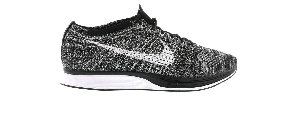 nike flyknit racer oreo 2. Black Bedroom Furniture Sets. Home Design Ideas