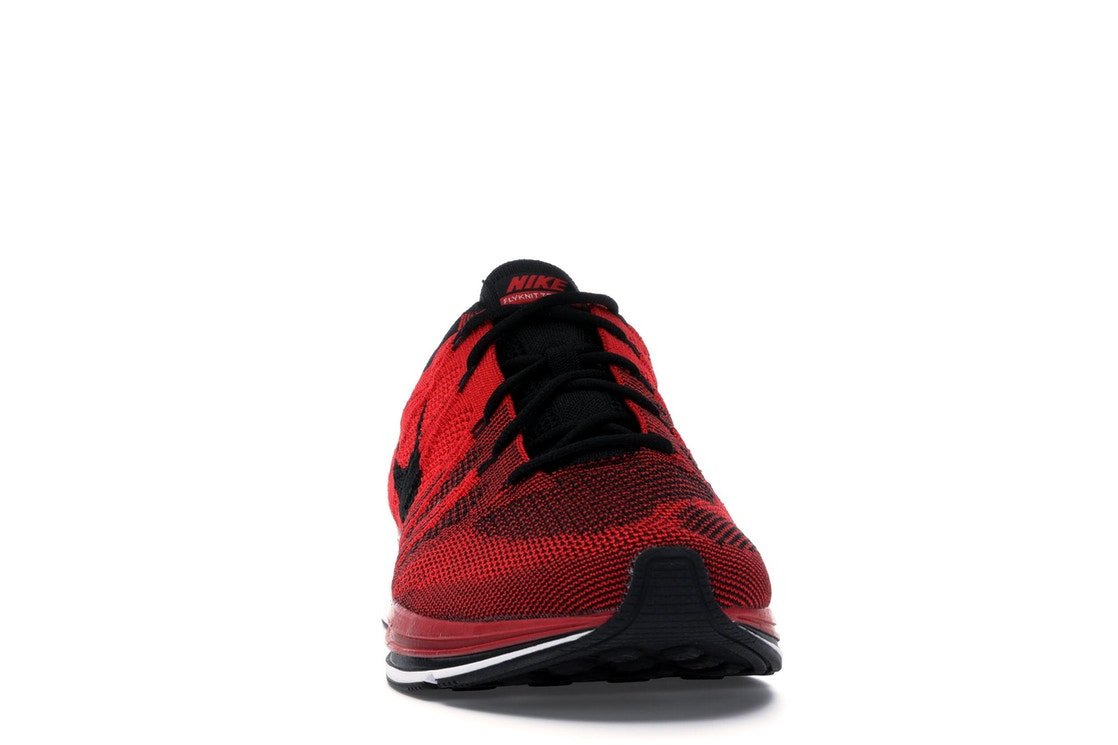 cb00eb9dbe3ce Nike Flyknit Trainer University Red (2018) - AH8396-601