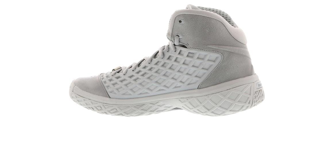 Kobe 3 Black Mamba Collection Fade to Black