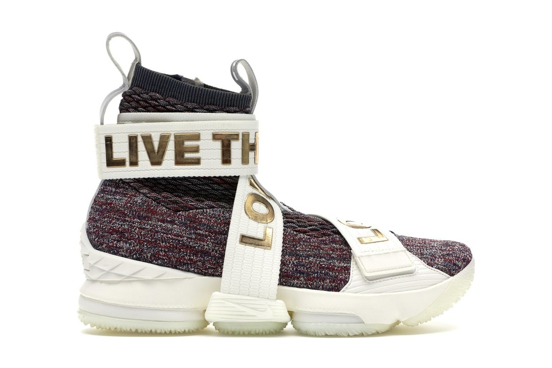 485eaeb07 Sell. or Ask. Size: 9.5. View All Bids. LeBron 15 Lifestyle KITH Stained  Glass
