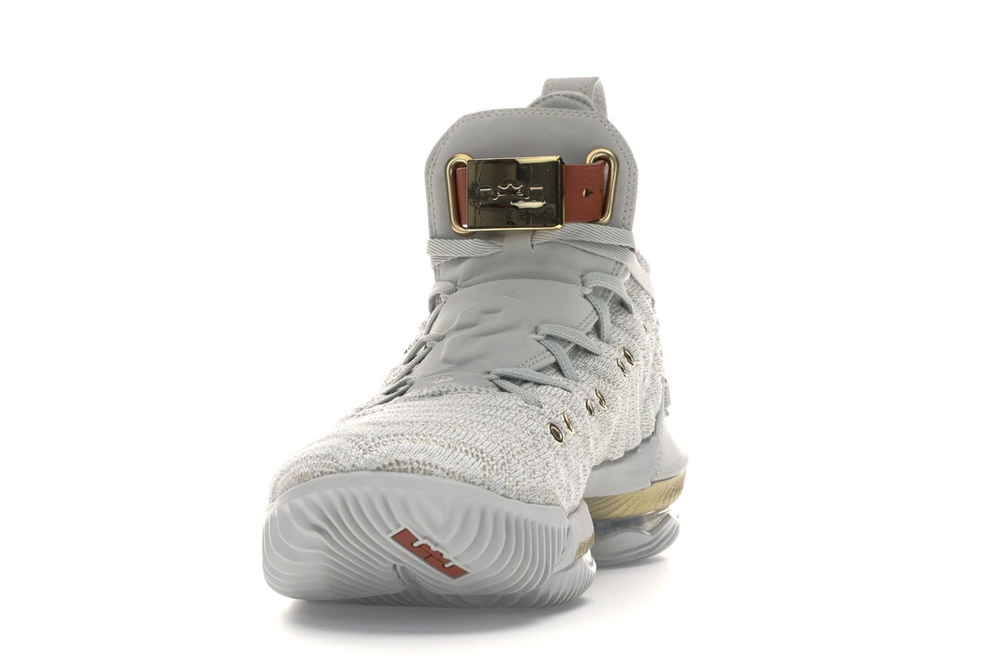 new product 44ea1 8a808 LeBron 16 HFR (W)