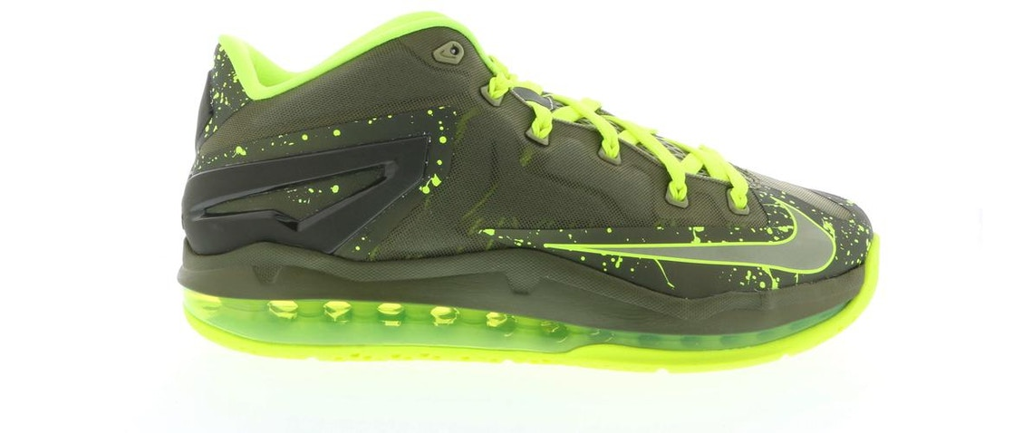 hot sale online 877a4 fd5d8 Sell. or Ask. Size  10. View All Bids. LeBron 11 Low Dunkman