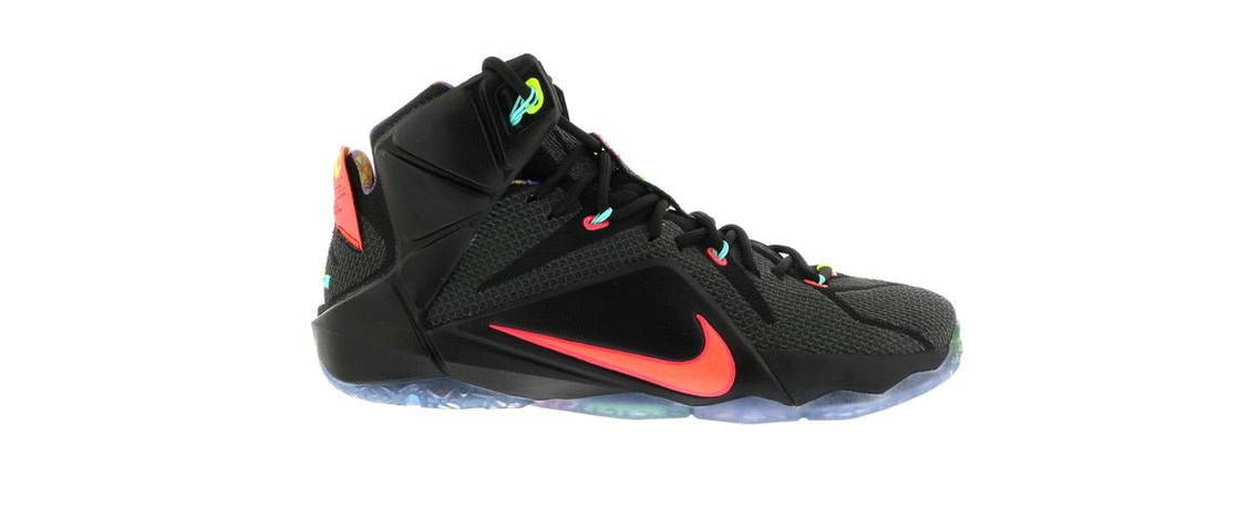 8b87a2fa66206 LeBron 12 Data - 684593-068