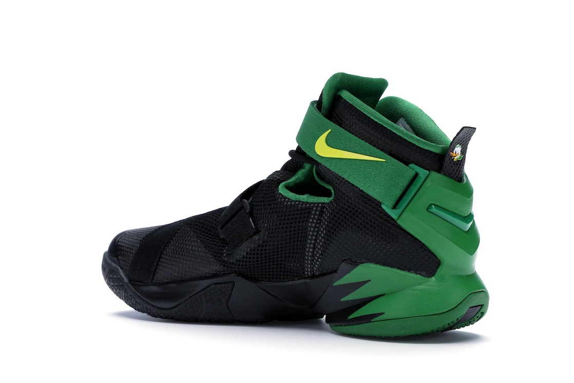 check out 1532f 7652b LeBron Zoom Soldier 9 Oregon - 749490-073