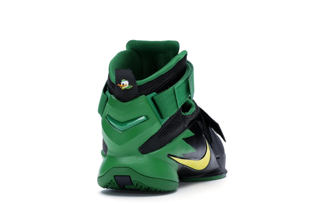 check out 25d19 7d2ed LeBron Zoom Soldier 9 Oregon - 749490-073