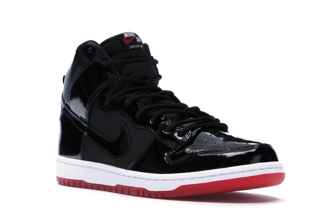separation shoes f6f0f afcfe Nike SB Dunk High Bred