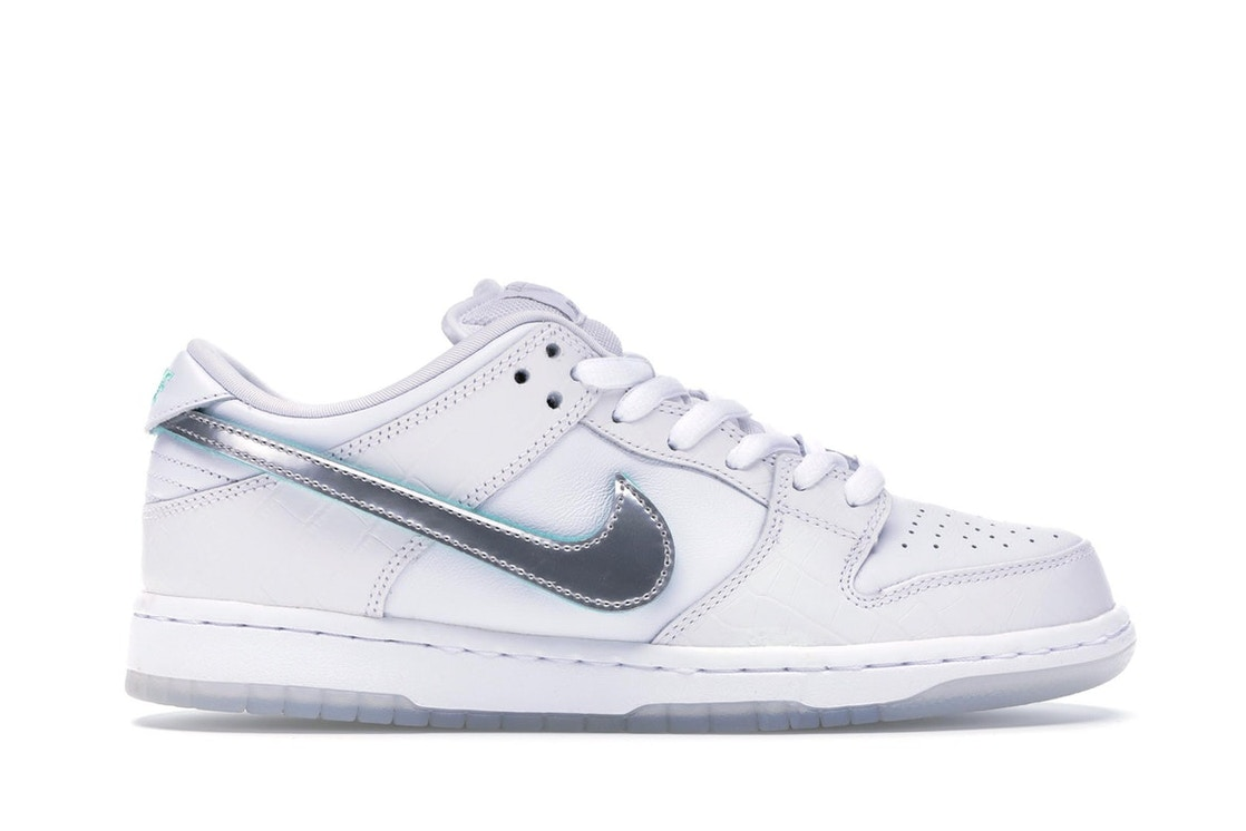 Sell. or Ask. Size 4. View All Bids. Nike SB Dunk Low Diamond Supply Co  White Diamond f92c17f3a56c