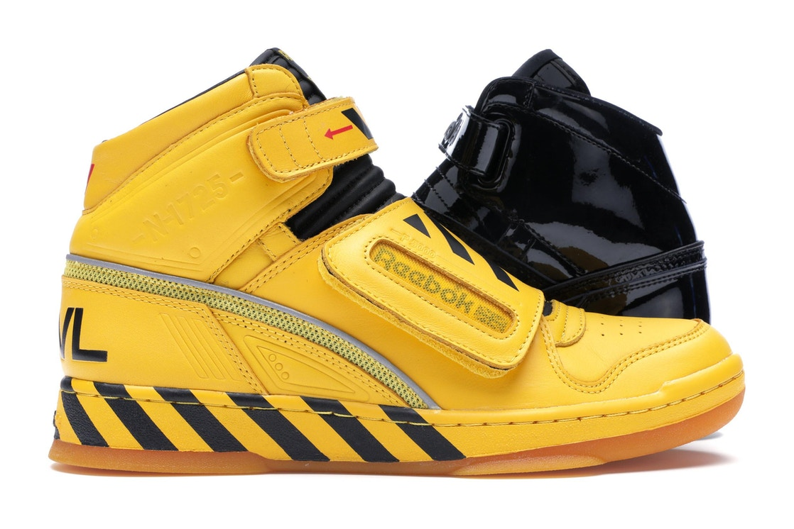 Sell. or Ask. Size  12. View All Bids. Reebok Alien Stomper Mid Final Scene  Pack 8eaa6f783