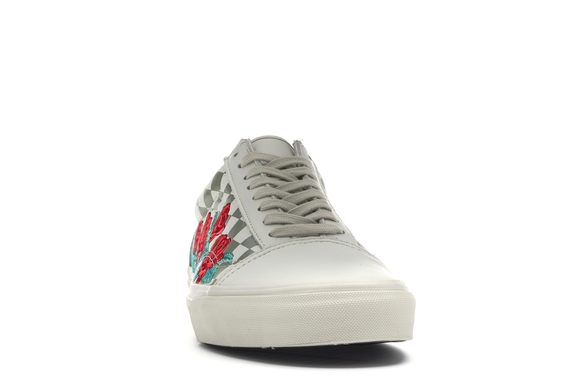 Vans Old Skool Rose Embroidery (White) - VN0A38G3QF9 ea9a15d60