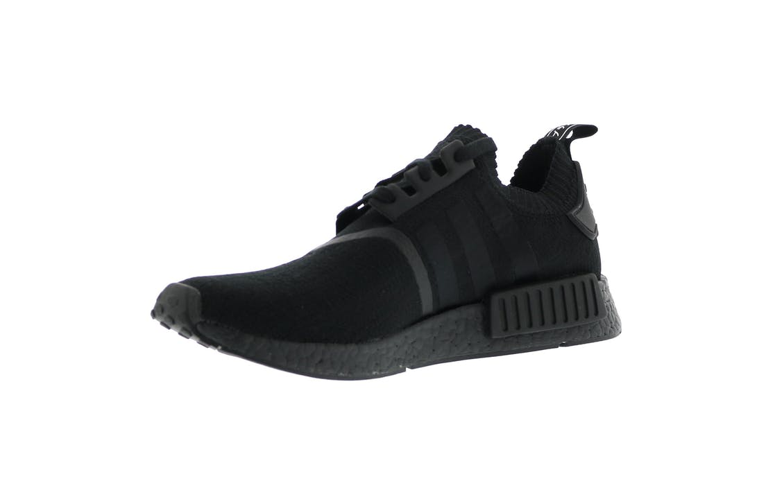 adidas nmd r1 japan triple black. Black Bedroom Furniture Sets. Home Design Ideas