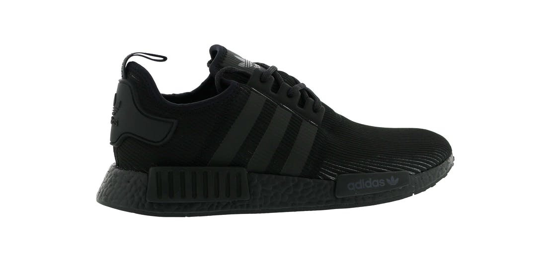 adidas nmd r1 triple black reflective. Black Bedroom Furniture Sets. Home Design Ideas