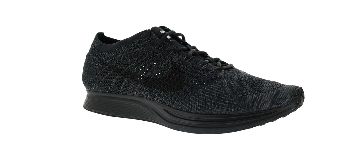 09fb16bac6142 Nike Flyknit Racer Triple Black - 526628-009