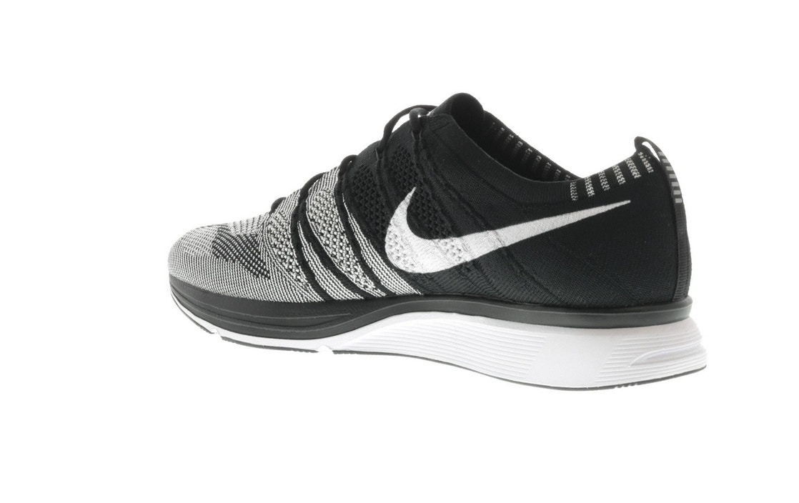 4cd4497abb48 Flyknit Trainer Oreo - AH8396-005